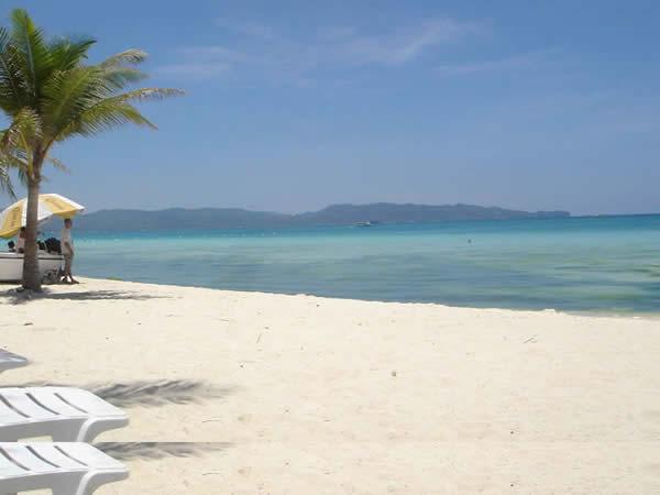 Plage de Boracay aux Philippines